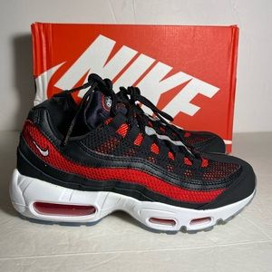 Nike  Air Max 95 Essential 749766-039 Men Size 6